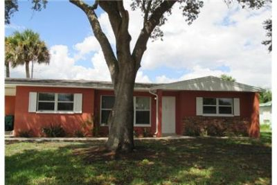 Clean, updated interior with open kitchen & large family room. Will Consider!