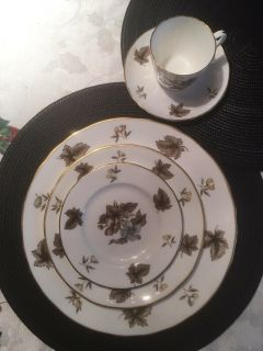 """Royal Worcester """"Dorchester """" For 10 Persons"""