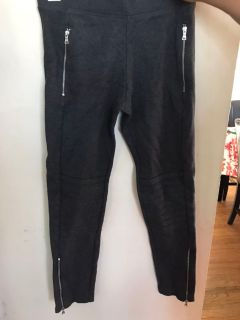 Gray pants that fit like leggings size small