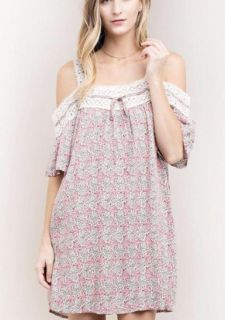 NWT Dress with lace Detail. Size small