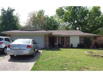 3 Bed 2 Bath Foreclosure Property in Fort Smith, AR 72903 - N 46th St