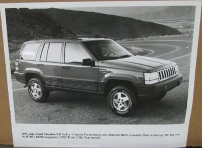 Find 1993 Jeep Grand Cherokee V8 Motor Trends Truck of the Year Press Photo Original motorcycle in Holts Summit, Missouri, United States, for US $11.93