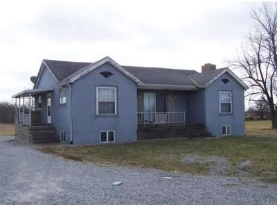 2 Bed 1 Bath Foreclosure Property in Hollansburg, OH 45332 - Hollansburg Arcanum Rd