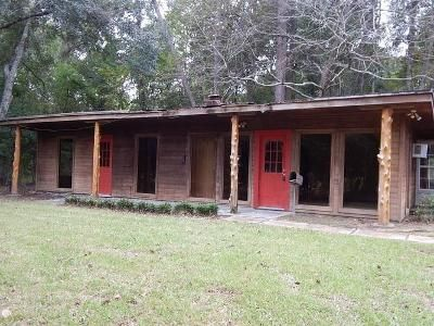1 Bed 2 Bath Foreclosure Property in Montgomery, TX 77316 - W Pine Lake Cir