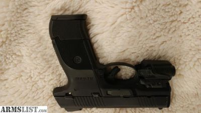 For Sale/Trade: Ruger SR40C