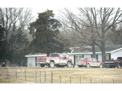 3 Bed 2 Bath Foreclosure Property in Eugene, MO 65032 - Highway 17