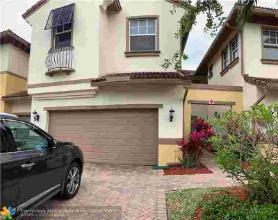 5944 NW 117th Dr Tamarac Four BR, outstanding 4/2.5 townhome at