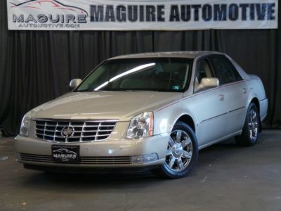 2007 Cadillac DTS Base (Tan)