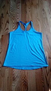 Champion active tank. Excellent condition. Size XL, tag has been cut out