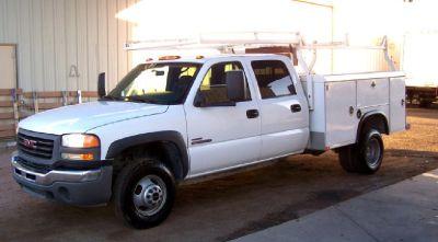 2007 GMC 3500 81 K Miles, Diesel, Utility Body