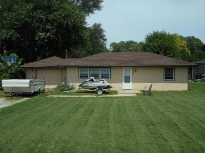 2 Bed 1 Bath Foreclosure Property in Machesney Park, IL 61115 - Harlem Rd