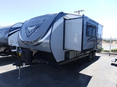 2020 Genesis Supreme VORTEX 2113V, 1 SLIDE, 100 WATT SOLAR, ARCTIC PACKAGE, REAR ELECTRIC DINETTE, CAPTAIN CHAIRS, 4000 ONAN GENERATOR, RAMP DOOR PATIO CABLES