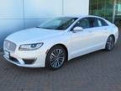 new 2019 Lincoln MKZ for sale.