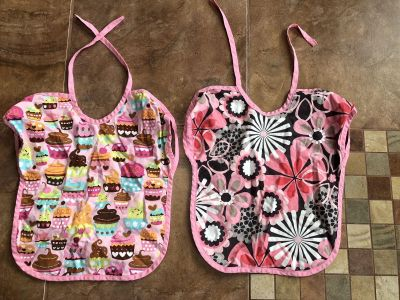 Set of reversible bibs from Etsy