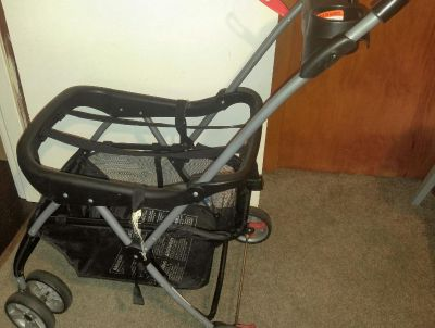 Universal Stroller Fits all car seat carriers