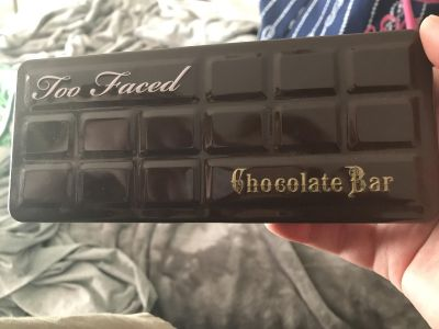 Too Faced Chocolate Bar Palette. GUC. Missing one color.