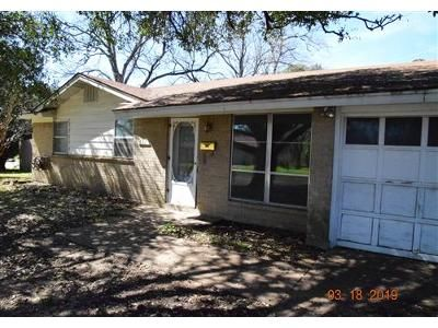 3 Bed 2 Bath Foreclosure Property in Fort Worth, TX 76140 - Christie Ct