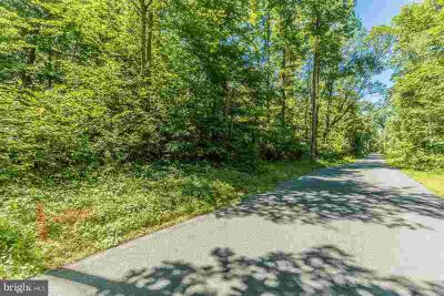 Lot 8 Loy Wolfe Rd Smithsburg, RAW LAND, heavily wooded.