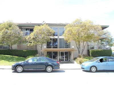 1 Bath Preforeclosure Property in San Mateo, CA 94404 - Mariners Island Blvd Apt 108