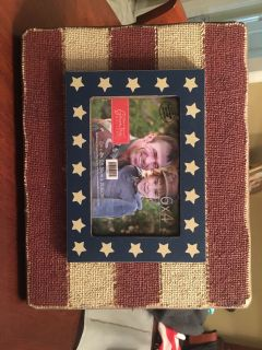 Americana Picture Frame - New
