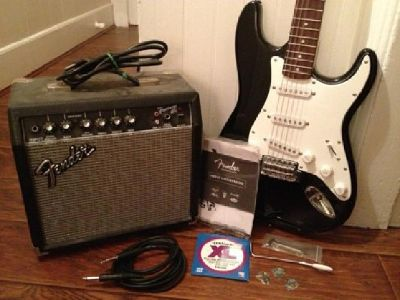 $99 Squier Affinity Stratocaster - Electric Guitar Pack w/ Amplifier