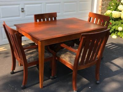 Ethan Allen table & 4 chairs GREAT condition