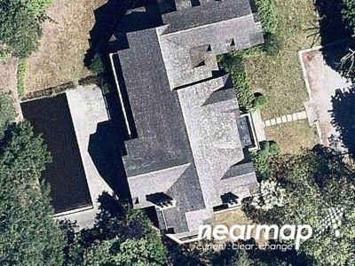6 Bed 5 Bath Foreclosure Property in Water Mill, NY 11976 - Little Noyac Path