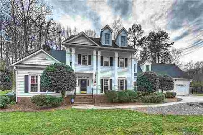 4912 Dayspring Drive Mint Hill, Gorgeous curb appeal!