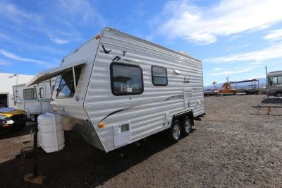 2005 NASH 17C TRAVEL TRAILER