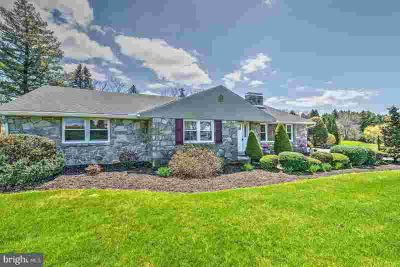 600 Mohns Hill Rd Sinking Spring, Beautiful Four BR 2 Full