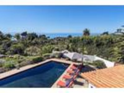 Magnificent Luxury Ocean View Hope Ranch Estate, Pool/Spa Waterfalls & Koi Ponds
