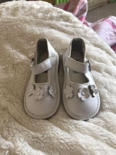 White Mary Janes Lamour brand size 7