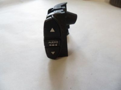 Sell 91 92 93 94 95 ACURA LEGEND RADIO CONTROL SWITCH ON STEERING WHEEL motorcycle in Orlando, Florida, United States, for US $13.00