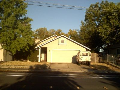 Great House - 2 Bedroom 2 Bath 2 Car Garage Johnson-Springview Park - Great Location
