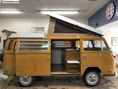 1972 VW Westfalia Bus (Orig. Paint)