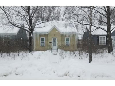 4 Bed 1 Bath Preforeclosure Property in Minneapolis, MN 55430 - Dupont Ave N