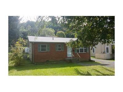 3 Bed 1 Bath Foreclosure Property in Bristol, TN 37620 - Windsor Ave