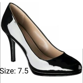 Black Patent Leather Heel Pumps