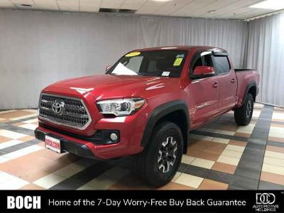Used 2017 Toyota Tacoma Double Cab 6' Bed V6 4x4 AT (Natl)