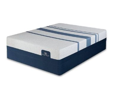 Cal King Serta icomfort 500 blue plush mattress and box springs