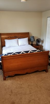 Queen sleigh bed, solid wood