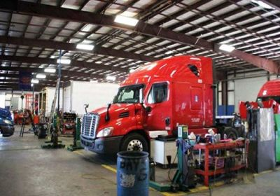 Commercial Heavy duty truck repair service provider in Mississauga, Ontario, Canada