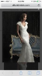New Ivory Lace Allure Wedding Gown, Size 2