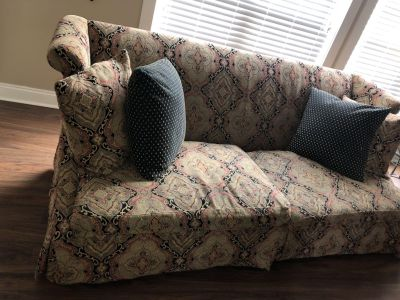 Designer couch GUC smoke free home
