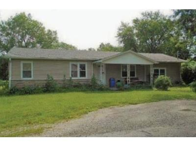 Preforeclosure Property in Windsor, MO 65360 - Winchell Ave