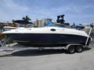 Sea - Ray 240 Sundeck