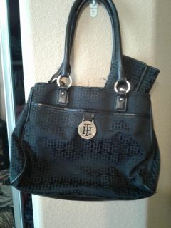 Authentic Tommy Hilfiger super nice Black Purse with matching Wallet A great holiday present!! $30