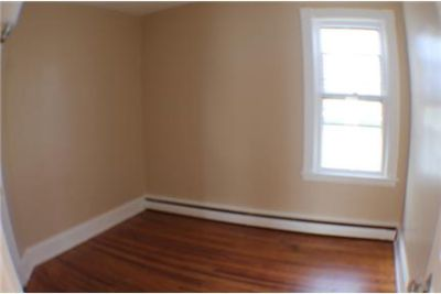 Apartment for rent in Schenectady for $950. Cat OK!