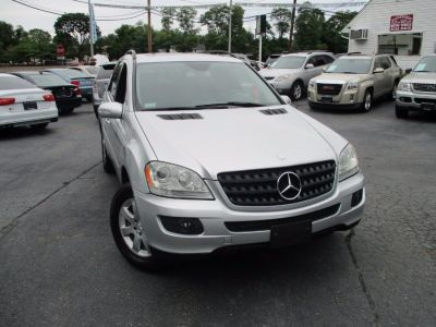 2006 Mercedes-Benz M-Class ML350 (Iridium Silver Metallic)