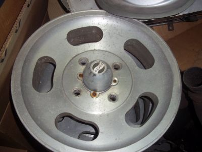 VW ALUMINUM SLOT WHEELS